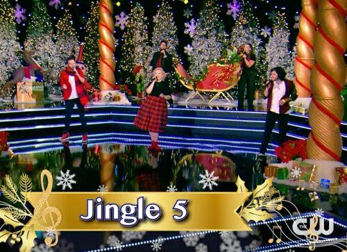 Jingle 5_Christmas_Caroler_Challenge_INSTA